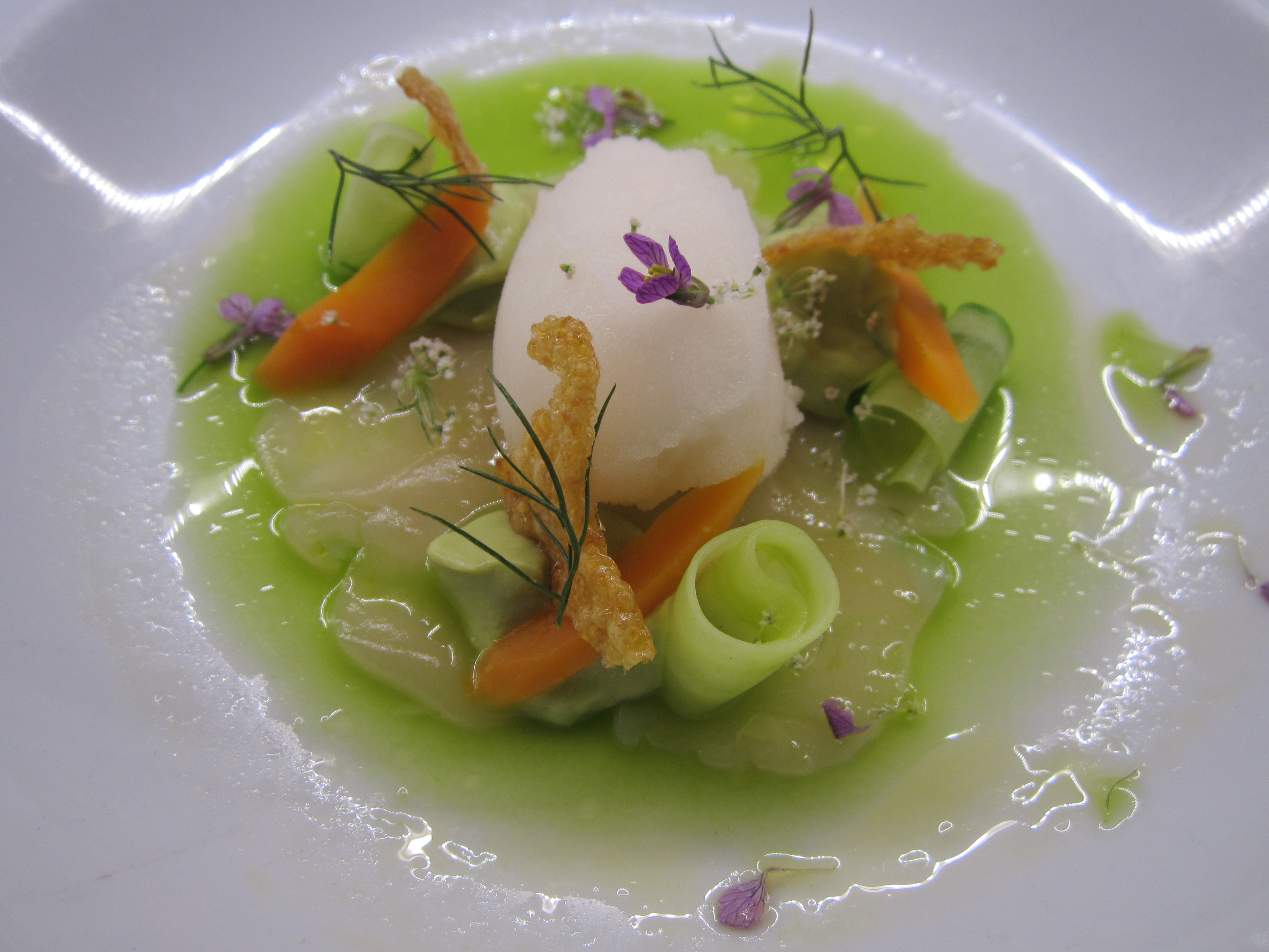 Scallop ceviche w cucumber, avocado & lemon and ginger beer sorbet