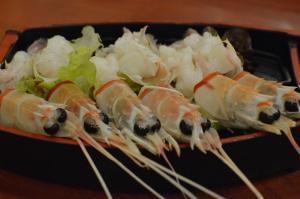 Scampi sashimi
