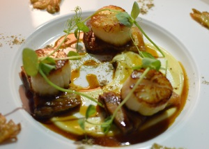 Seared sea scallops w pork belly, cauliflower puree, oyster mushrooms & Madeira jus