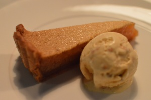Honey tart & peanut butter ice cream