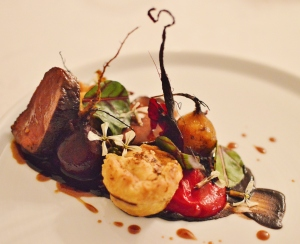 Seared venison loin w vension pie, beetroot & chocolate