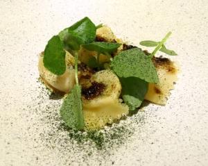 Ravioli w gruyere & porcini butter - Copy